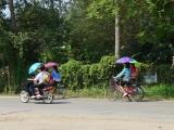 Laos: Border Crossing